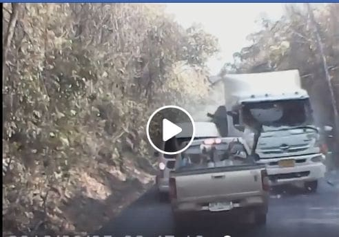 Three dead and nine injured after truck brake failure in Sa Kaeo – VIDEO | The Thaiger