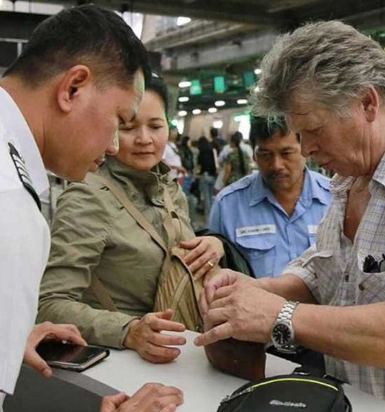 BKK taxi driver returns 400,000 baht to Danish tourist   The Thaiger