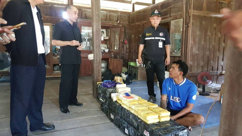 Three men arrested and 1.2 million methamphetamine pills seized | The Thaiger