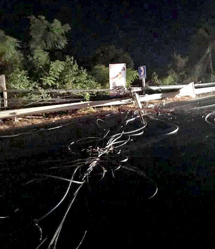 Truck crash in Rawai pulls down power lines causing six hour blackout | News by The Thaiger