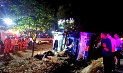 31 injured when bus overturned in Nakhon Ratchasima | The Thaiger