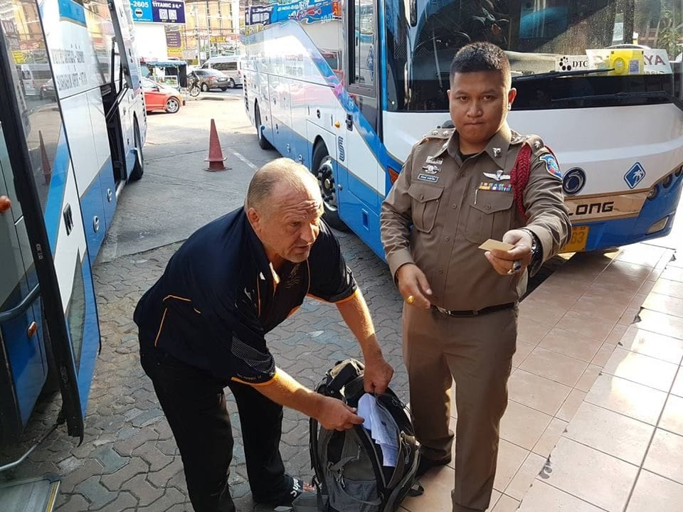 Pattaya officials help a Finnish tourist sort out a lost passport and luggage | The Thaiger