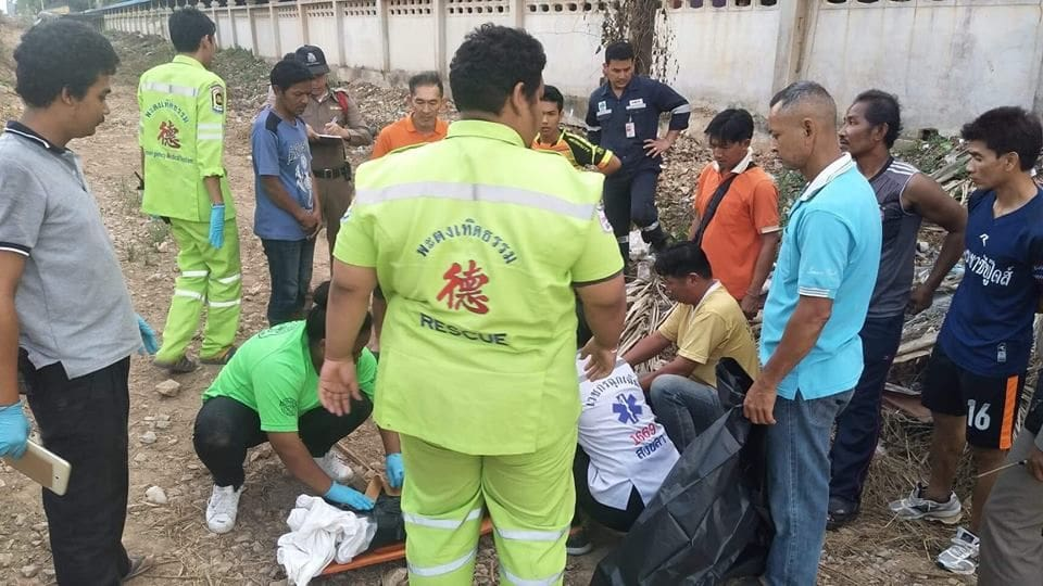Boy killed by train while playing on his mobile phone in Songkhla | News by The Thaiger