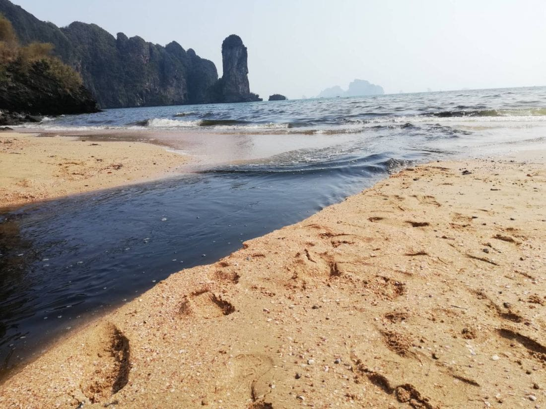 Wastewater runs freely into sea in Krabi | News by The Thaiger