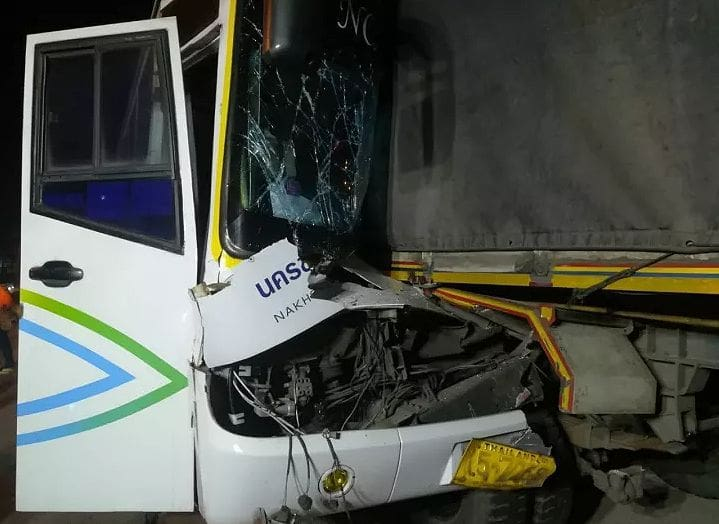 Female killed, 24 passengers injured in Korat bus crash | News by The Thaiger