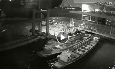 ช็อก! วินาทีเรือสินค้ายักษ์ซัดเรือเล็กข้ามฟากล่ม ผู้โดยสารจมแม่น้ำเจ้าพระยาสูญหาย | The Thaiger