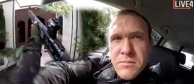 มือปืนถ่ายคลิปไลฟ์สดนาทีมรณะ กราดยิงมัสยิดนิวซีแลนด์ เสียชีวิต 49 ศพ   The Thaiger
