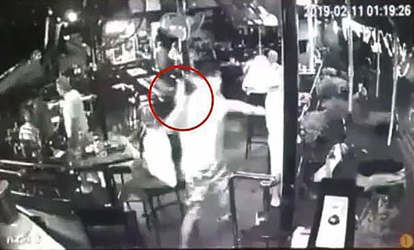 Australian 'bottles' customer in an unprovoked attack in Pattaya | The Thaiger