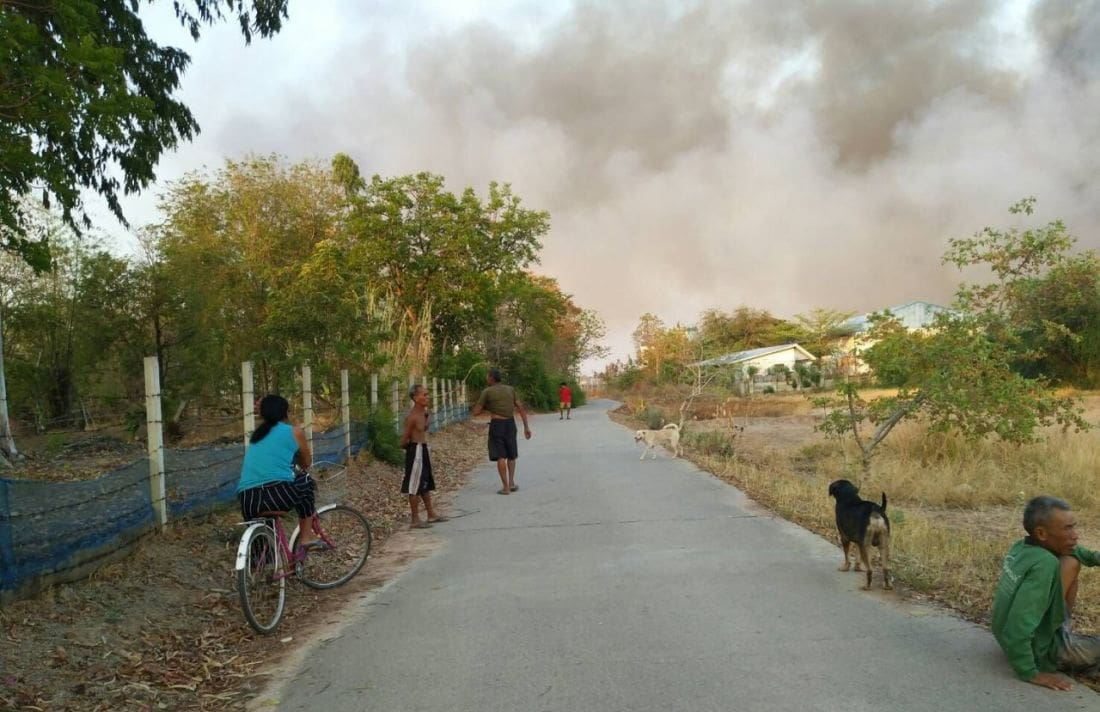 Plastic waste fire smothers village in acrid smoke | News by The Thaiger