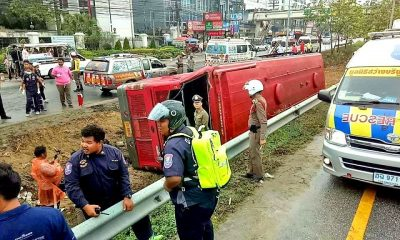 Seven Chinese tourists injured in Pattaya tour bus crash | The Thaiger