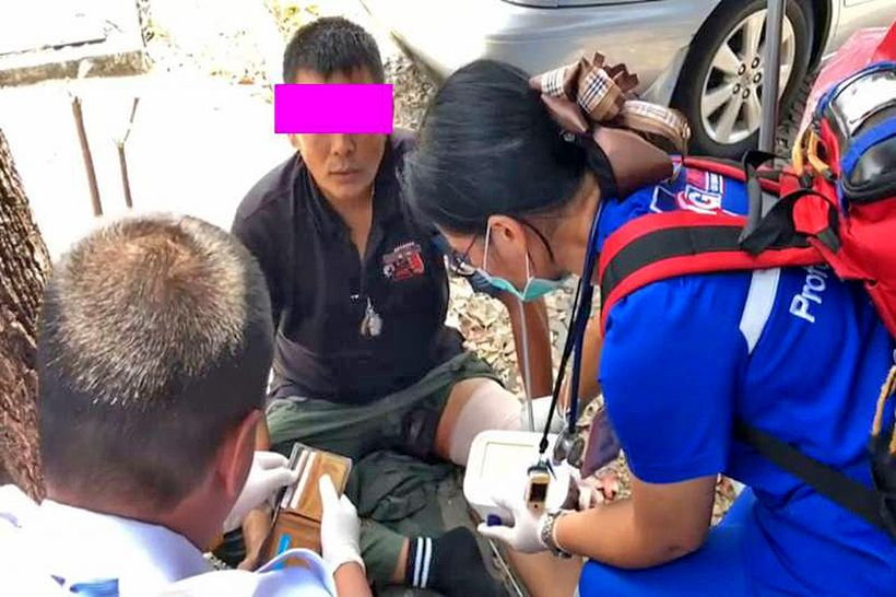 Shooting yourself in the foot, literally – Suvarnabhumi police station | The Thaiger