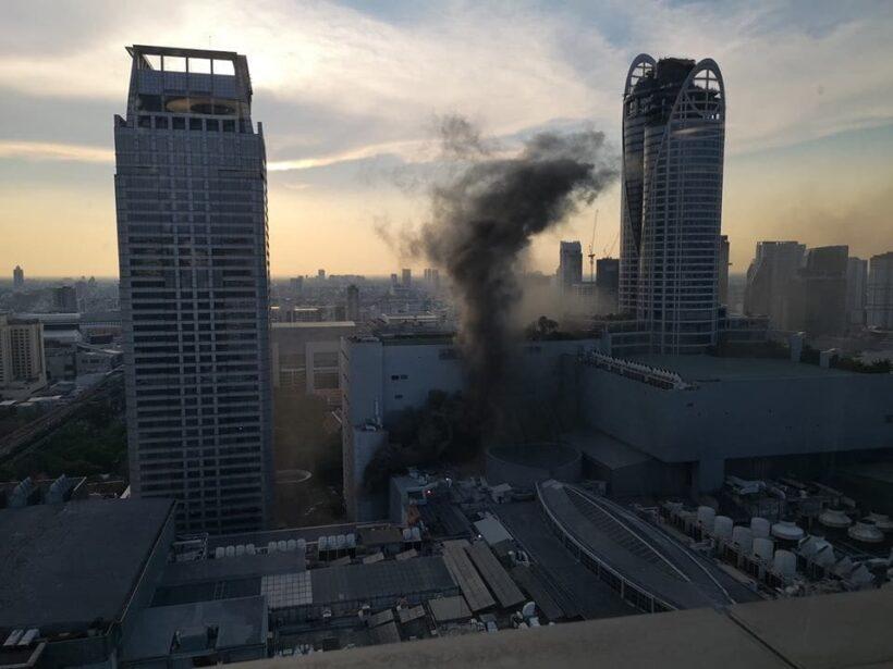 ไฟไหม้เซนทรัลเวิลด์ล่าสุด กระโดดตึกหนีไฟ ยอดตายพุ่ง 3 เจ็บ 6 | News by The Thaiger