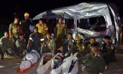 ด่วน รถไฟชนรถตู้เส้นทางลพบุรี-วังม่วง ตาย 6 ศพ เจ็บระนาว : สงกรานต์ 2562 | The Thaiger