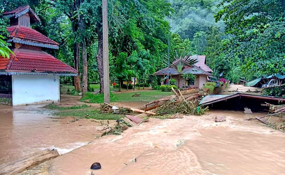 Severe localised storms predicted for central, north and north-east until April 16 | The Thaiger