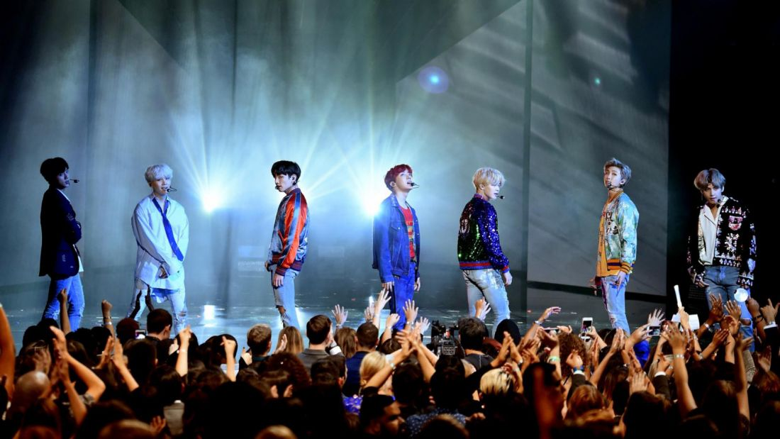 Bangkok's bye bye to Boyzone and hello to BTS | Thaiger