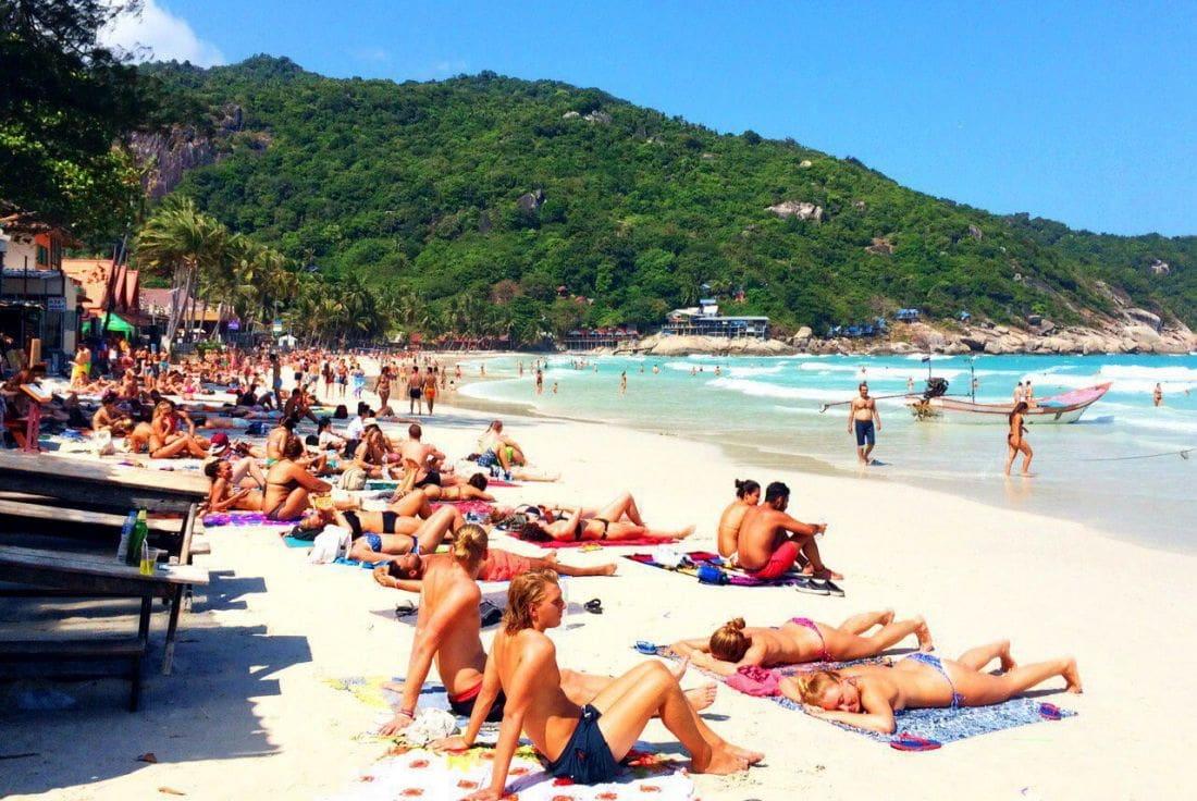Koh Phangan and Koh Tao try to shake off monthly boom and bust | The Thaiger