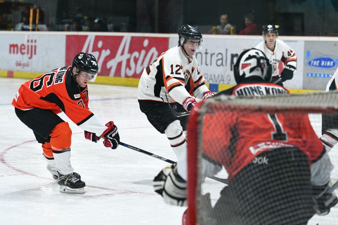 KL Cobras capture top tier in Land of Smiles ice-hockey tournament | News by The Thaiger