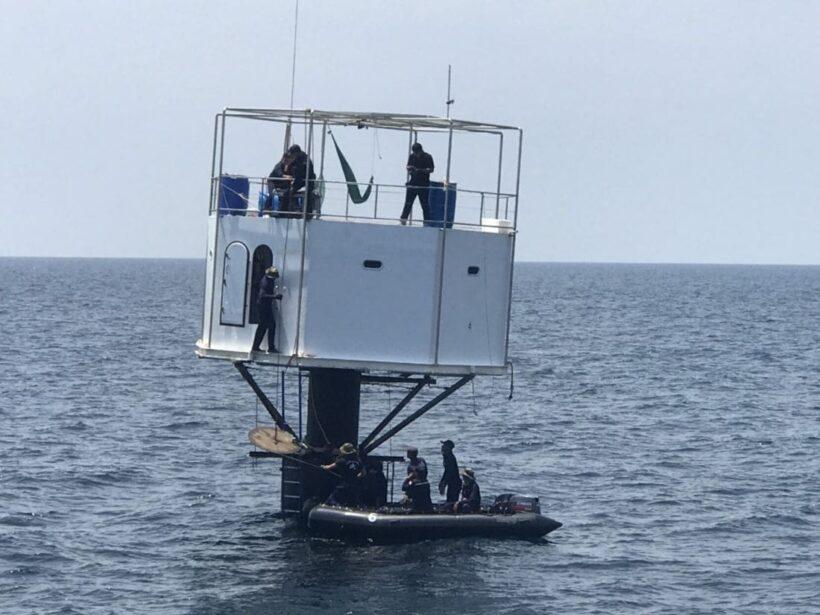 รื้อแล้วบ้านลอยน้ำกลางทะเล ของกลุ่ม Seasteading มั่นใจมีหลักฐานเอาผิดได้แน่นอน | News by The Thaiger