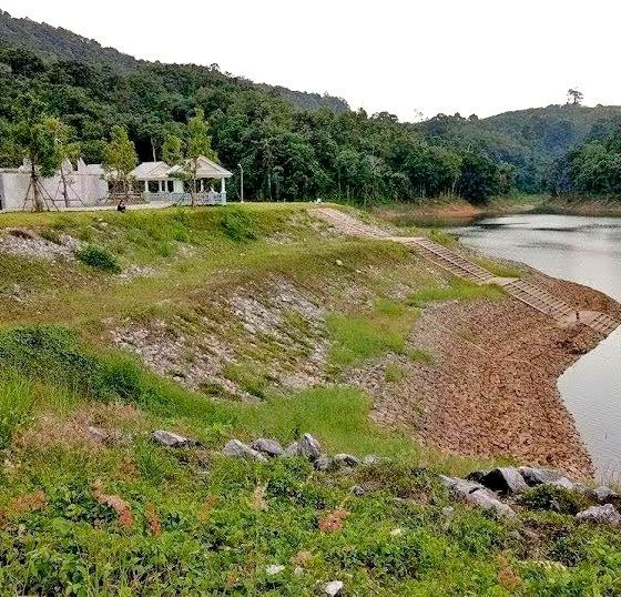 Phuket faces critical water shortages if the monsoon doesn't arrive soon   The Thaiger