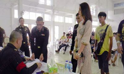 """Nong Gee"" turns heads at Koh Samui military conscription 