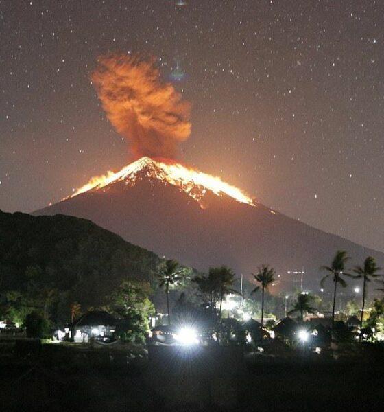 Bali flights cancelled as Mount Agung stirs again | The Thaiger