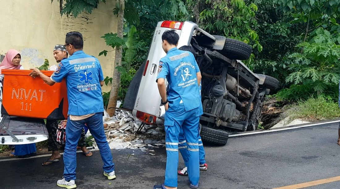 Six survive after fish delivery pick-up overturns in Krabi | The Thaiger