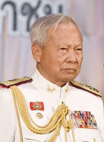 'ป๋าเปรม' ประธานองคมนตรี และรัฐบุรุษ สิ้นแล้ว ในวัย 98 ปี | The Thaiger