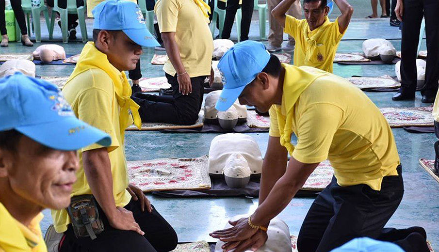 10 million Thais to learn CPR and other life-saving techniques | News by The Thaiger
