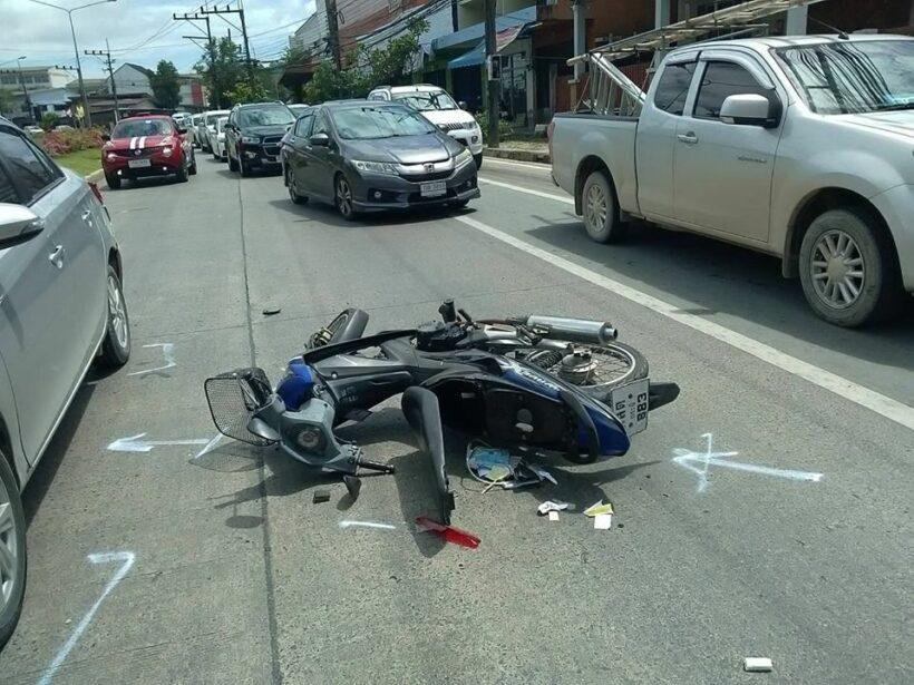 Three motorbike passengers survive after being hit by sedan in Krabi - VIDEO | News by Thaiger