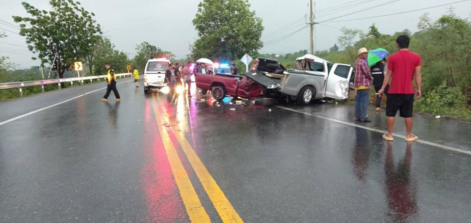 Two dead, two injured from collision in Suphan Buri | News by The Thaiger