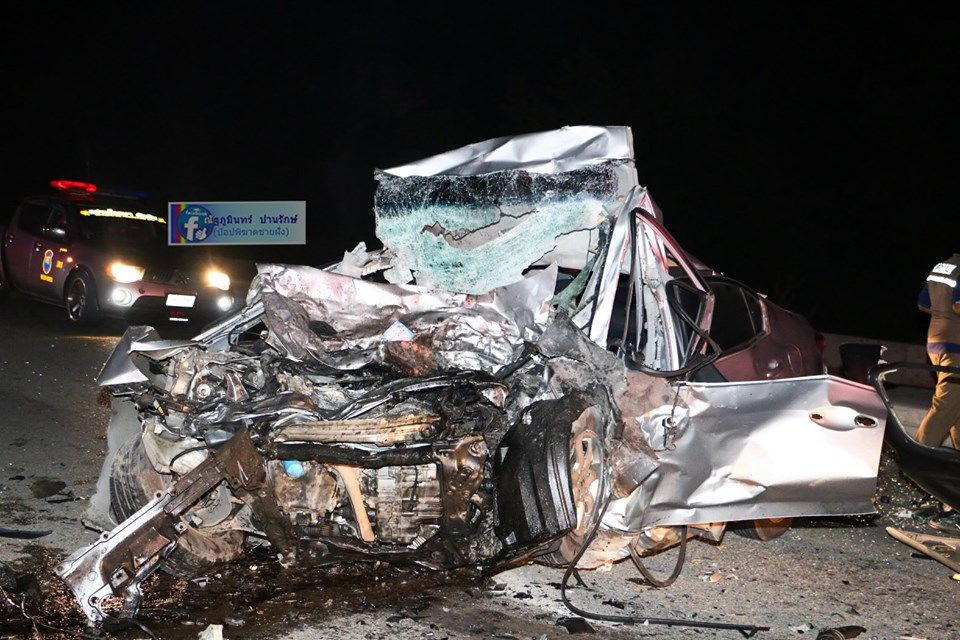 Navy officer and two others killed in Chon Buri road smash | News by Thaiger