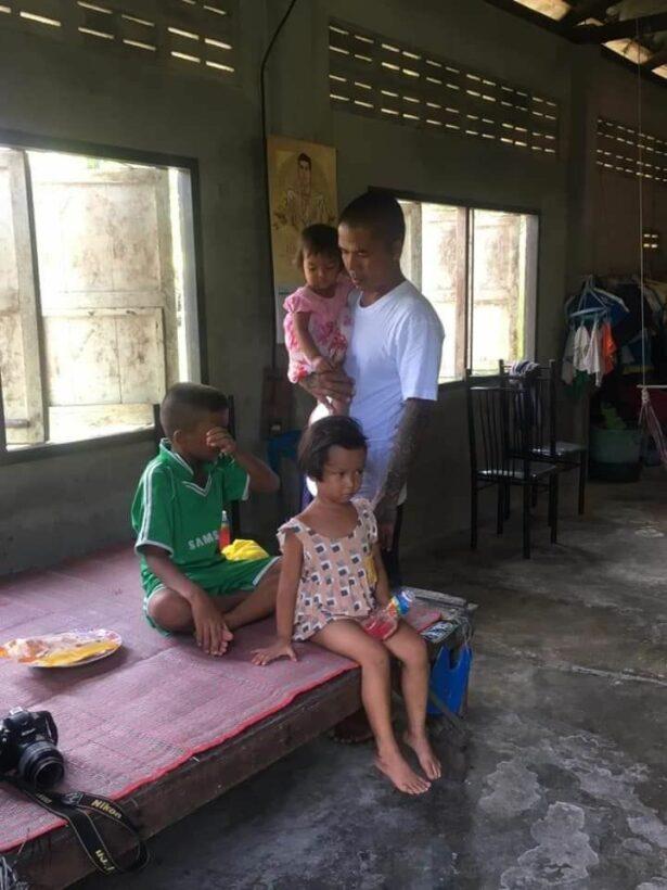 สามหนูน้อยถูกแม่ทิ้ง ได้เจอพ่อแล้ว หลังได้รับพระราชทานอภัยโทษ | News by The Thaiger