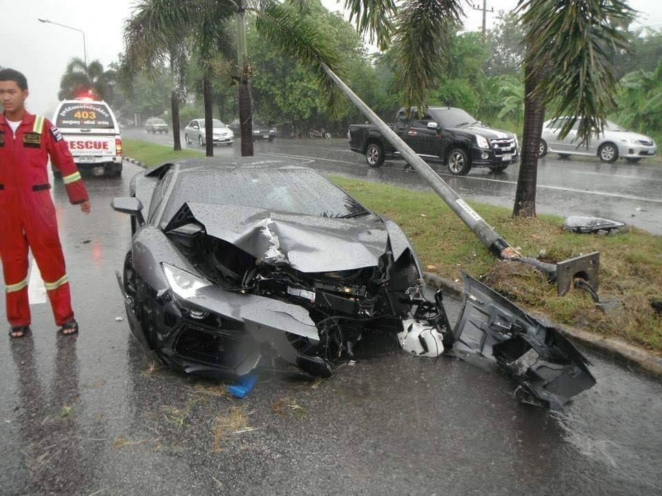 Two in Lamborghini survive after slamming into power poles in Chon Buri | News by Thaiger