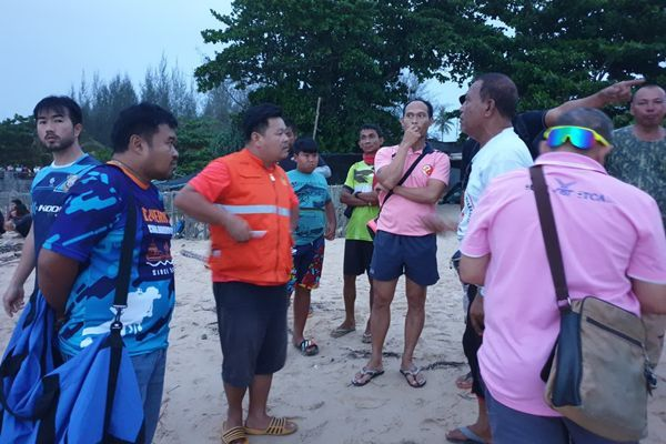 One boy drowns, two two others plucked out of the surf in Phang Nga | News by Thaiger