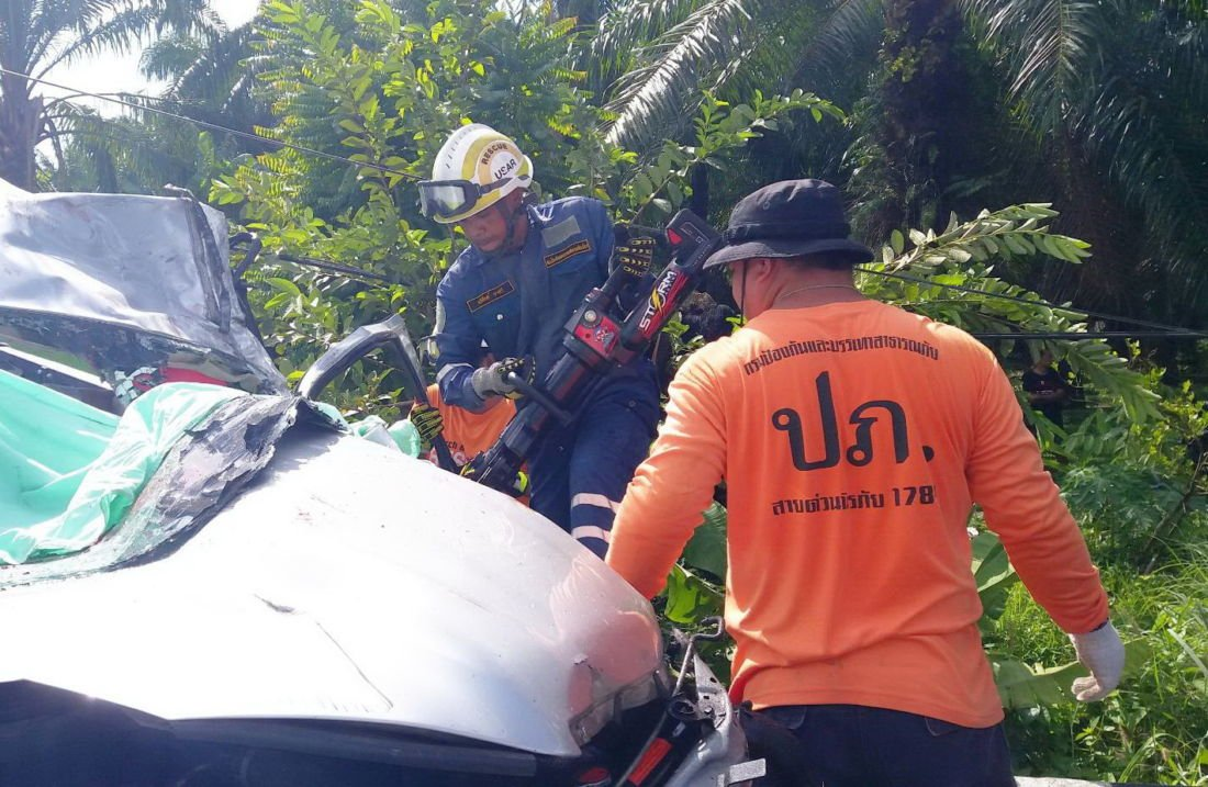 UPDATE: Total 4 deaths in Phang Nga Chinese tour bus crash | News by The Thaiger