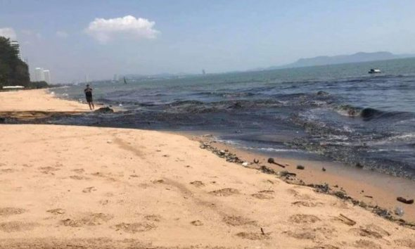 Pattaya officials react to the video of gushing sewage and wastewater – VIDEO | The Thaiger