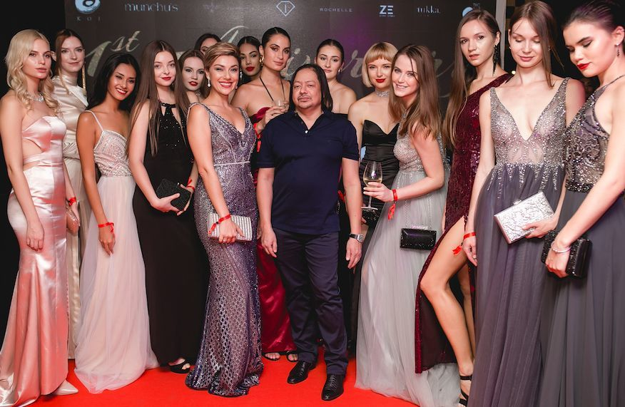 Club@Koi explodes in colour, celebrities and fashion for its first anniversary | News by The Thaiger