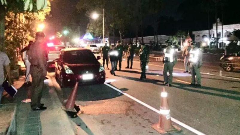 วัยรุ่นโดนถล่มยิงหน้าผับ รอดปาฏิหารย์ | News by The Thaiger