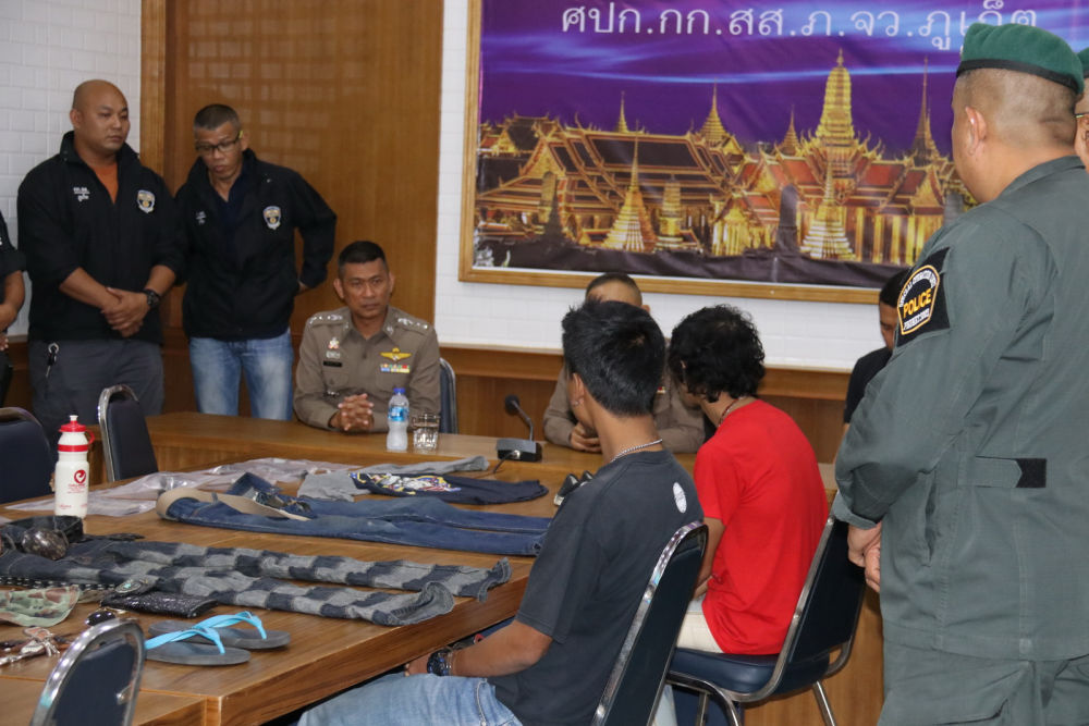 Two charged with attacking an ambulance and driver in Phuket | News by The Thaiger