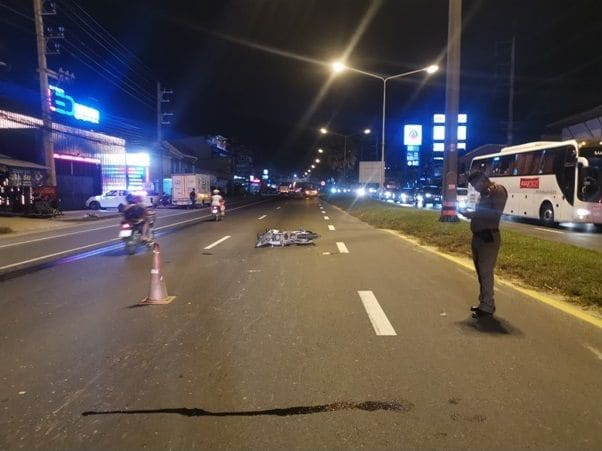 Motorbike driver dies after colliding with taxi in Thalang, Phuket | The Thaiger