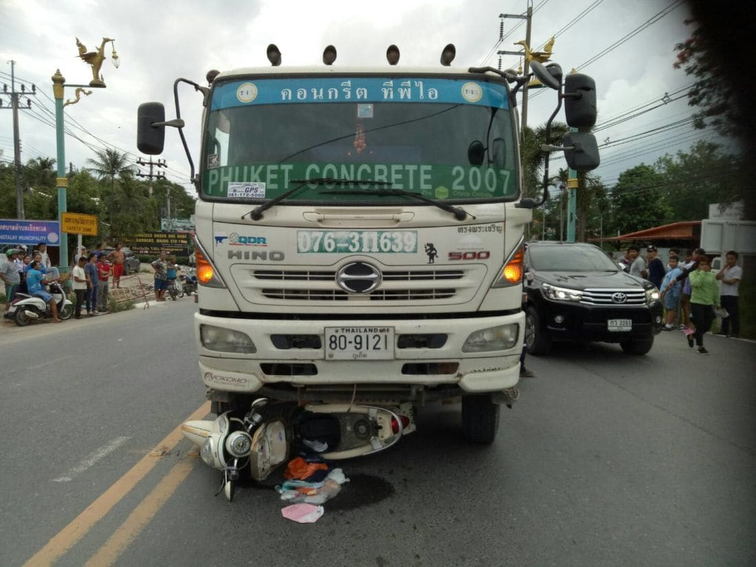 Motorbike driver crushed by cement truck in Thalang, Phuket | The Thaiger