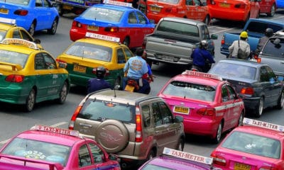 Tougher laws and bigger fines for taxi drivers who reject passengers | The Thaiger