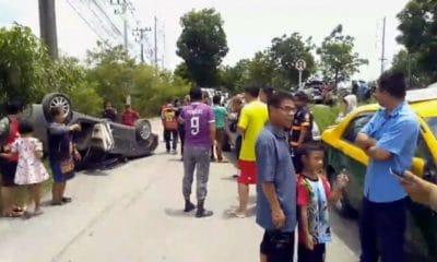 Taxi drives on wrong side of the road, collides with sedan, injures two | The Thaiger