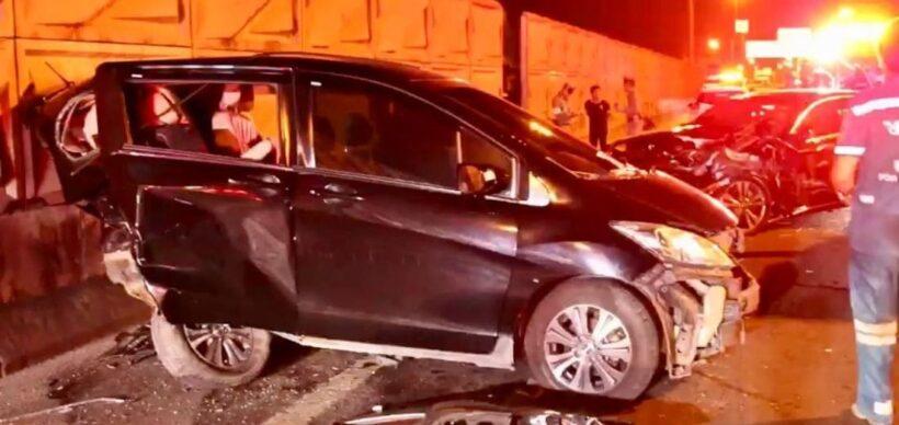 Bangkok driver killed waiting for help at roadside | News by Thaiger