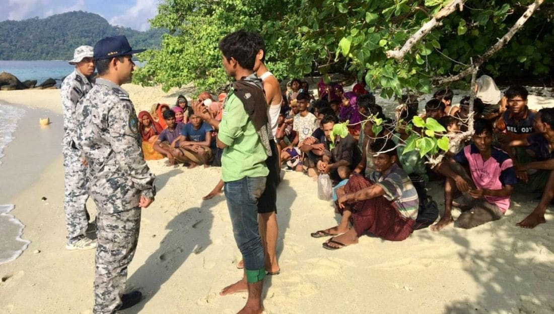Thai PM orders probe into Rohingya boat incident off the coast of Satun | The Thaiger