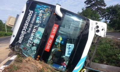 Seven injured after bus rolls over in Sisaket bus incident | The Thaiger