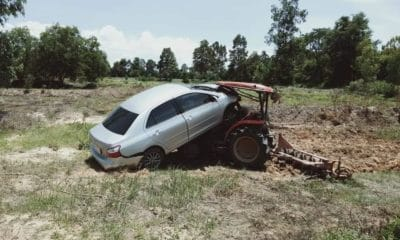 Roi Et tractor driver injured after sedan embeds itself in the driver's cabin | The Thaiger