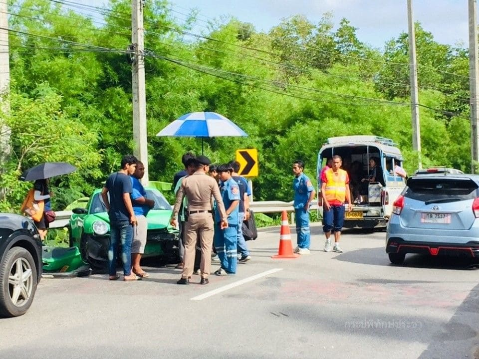 Porsche smashed up but Malaysian driver escapes injury in Krabi | News by The Thaiger