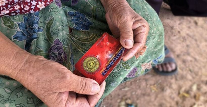 'Magic cards' contain dangerous radioactive materials