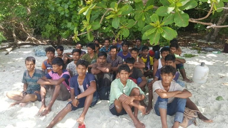 Police investigating possible Thai links to Rohingya boatpeople marooned on Rawi Island | The Thaiger